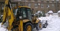 В Омске чистить дороги от снега будут до 250 машин