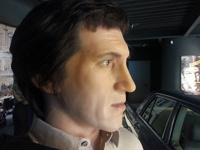 Владимир Высоцкий: восковая фигура и личное авто