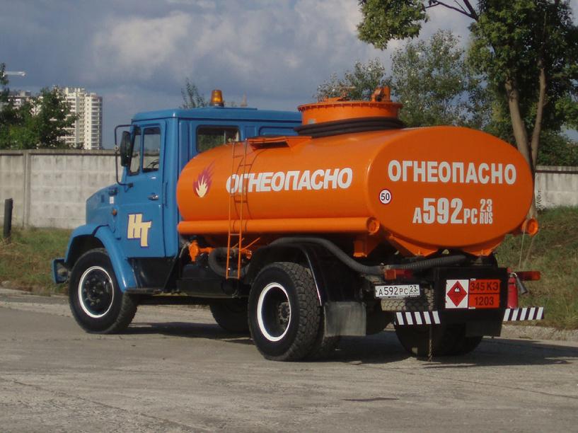 В Омской области водитель бензовоза похитил 8 тонн дизтоплива