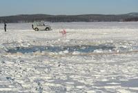 Челябинский метеорит поднимут со дна озера только через год