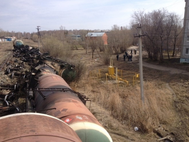 Сход вагонов с нефтью под Омском произошел из-за плохого состояния ж/д путей