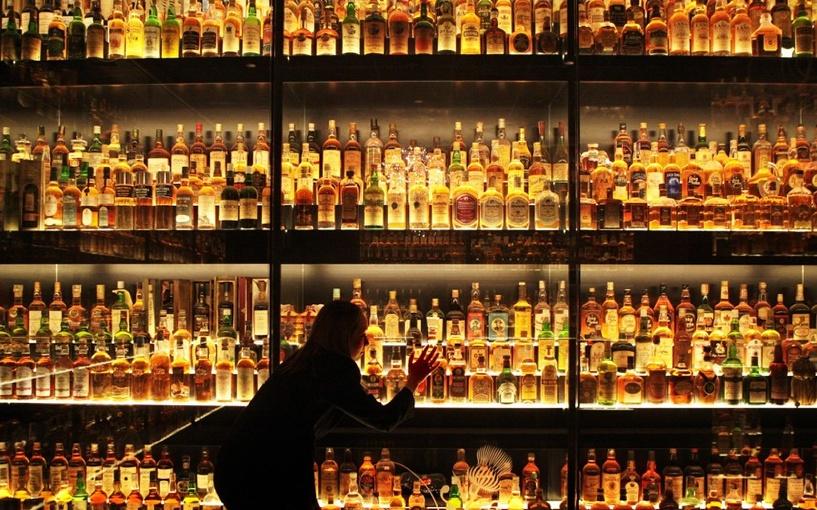 В Омске продавать алкоголь ночью смогут лишь большие рестораны