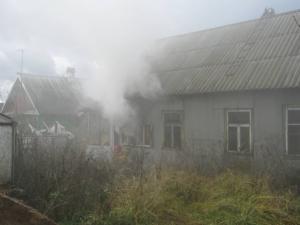 В Омске мужчина погиб у себя дома из-за незатушенной сигареты
