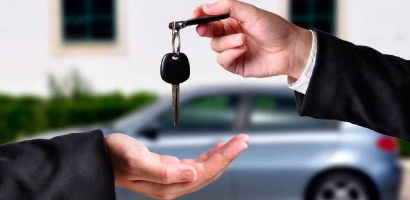 Омич лишился 180 000 рублей при «покупке» автомобиля