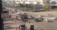В центре Омска при аварии перевернулся джип