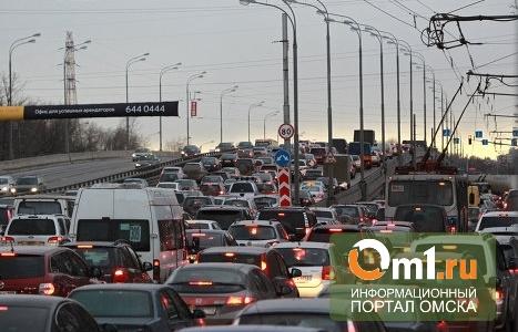 Яндекс: пробки в Омске образуются из-за дождя и снега