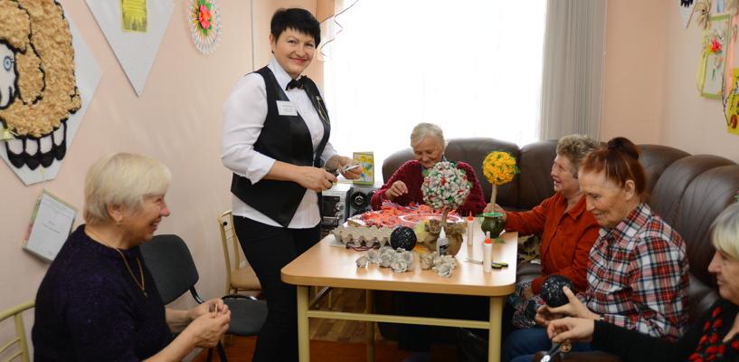 В Омской области для пенсионеров будут созданы социальные клубы