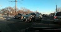 Массовая авария на проспекте Королева в Омске: столкнулись пять авто (фото). Обновлено