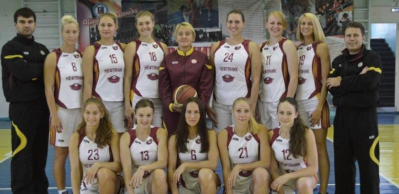 Назаров поручил найти средства для омского клуба баскетболисток