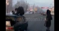 В Омске студент спасся от гибели, перепрыгнув через машину