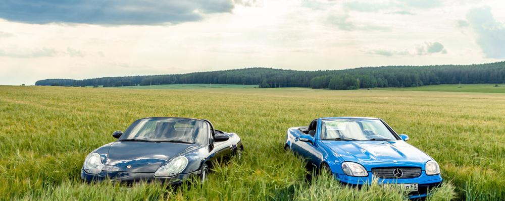 Юбилей безголовых: трясем стариной за рулем Mercedes SLK и Porsche Boxster