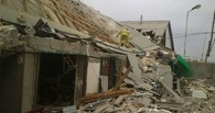 В Омской области рухнул 100-летний дом: погиб ребенок