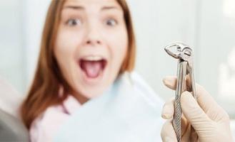 Жительница Тюмени получила 150 тысяч за напрасно вырванные зубы благодаря омским стоматологам