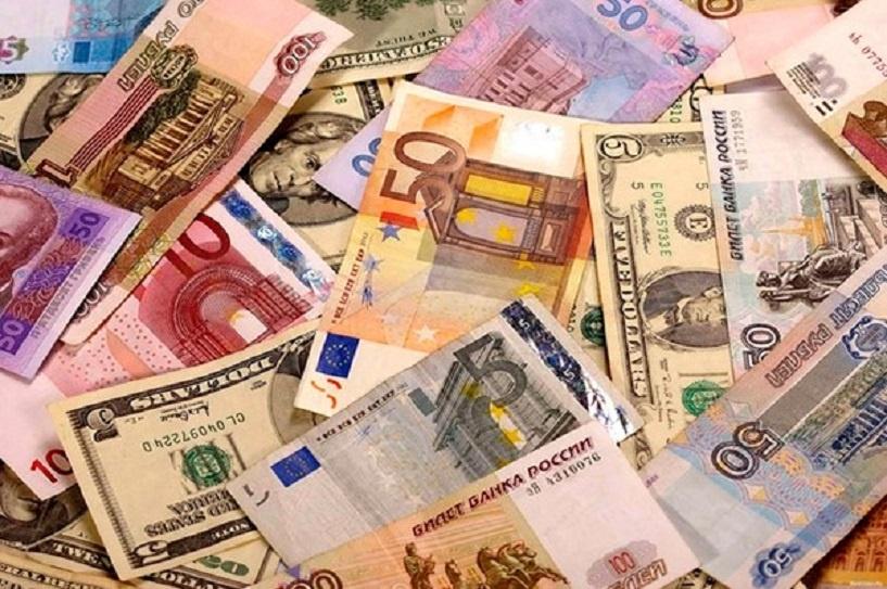 Биржевой курс евро закрепился выше 77 рублей