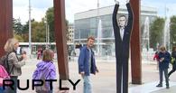 В Женеве фигурой Владимира Путина подперли сломанный стул