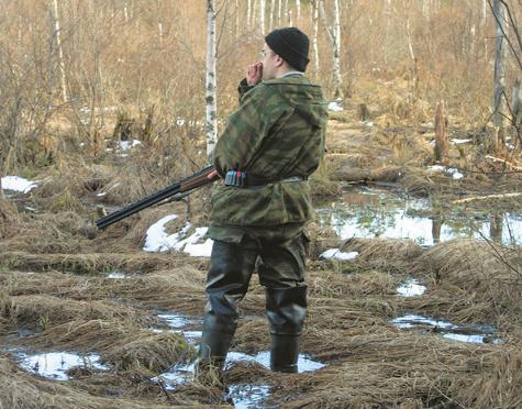 В Омской области охотник заблудился в болоте
