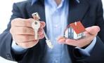 Омич «заработал» на двойной продаже квартир более 2,6 млн рублей