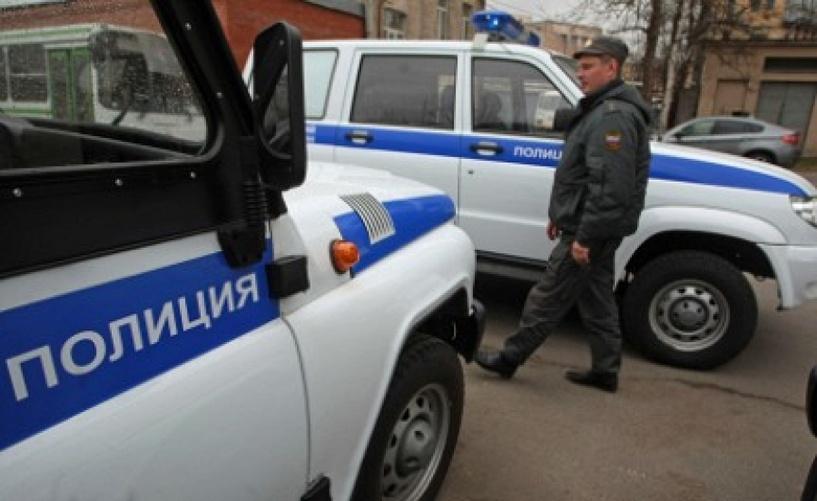 В Омске у владельца павильона похитили 100 000 рублей