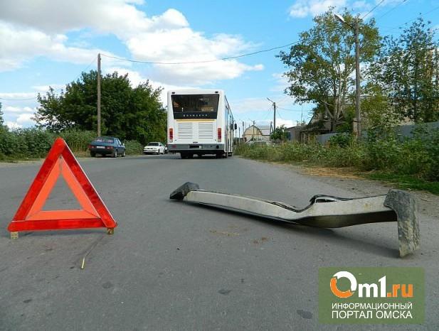 В Омске на Лукашевича столкнулись пять автомобилей