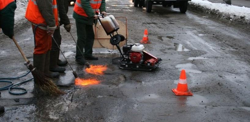 Двораковский надеется начать ремонт дорог в 2016 году пораньше