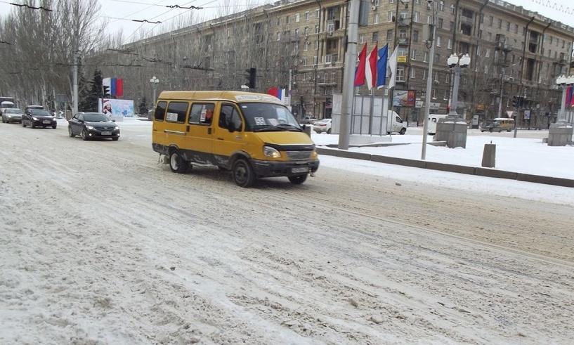Омские дорожники винят в создании пробок автомобилистов
