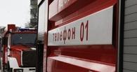 В Омском районе соседи спасли пенсионерку из горящего дома