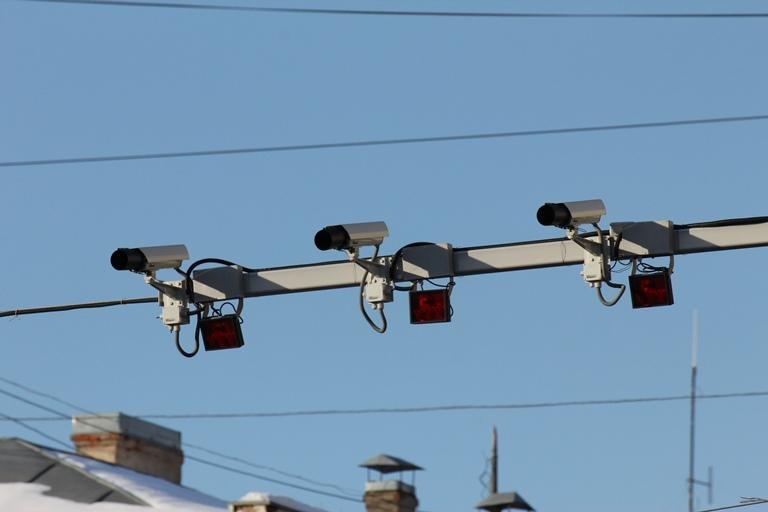 Камеры фиксации нарушений ПДД больше не работают на омских мостах