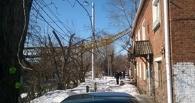 В Омске при падении крана на жилой дом пострадал один человек (Фото)