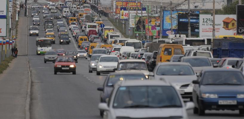 Мэрия попросила омских автолюбителей вернуться на мост имени 60-летия ВЛКСМ