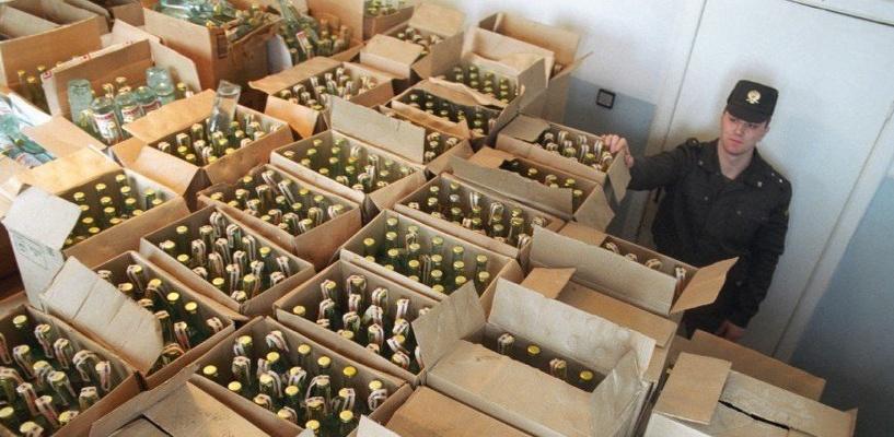 В Омске у бизнесмена изъяли нелегальный алкоголь на сумму 1 млн рублей