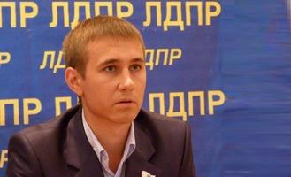 Антон Берендеев: Заявление Зелинского о выходе из партии - реакция обиженного мальчика