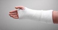 Омичка собирается отсудить у магазина 200 000 рублей за сломанную руку