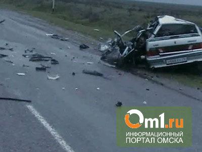 В Омском районе произошла лобовая авария
