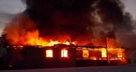Очевидцы: из-за пожара в омском автоцентре «Японка» у соседних домов выбило окна