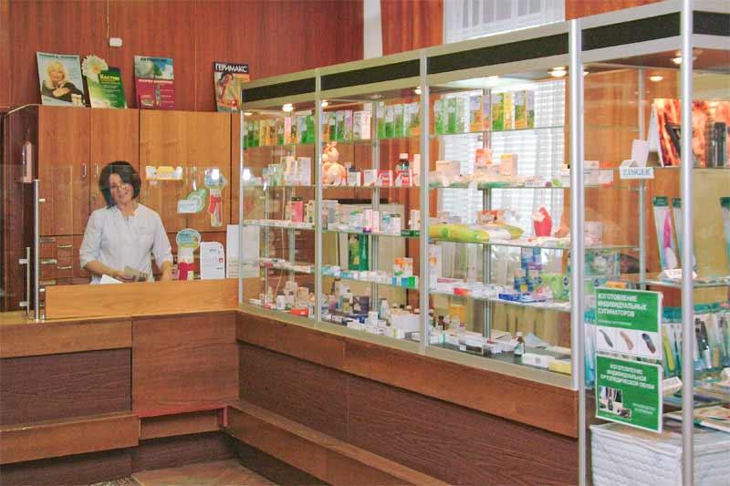 В Омске суд заставил убрать аптеку из больницы