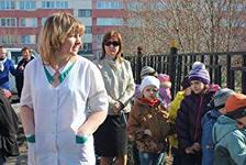 В Омске из-за пожара в подсобке чуть не cгорел детский сад