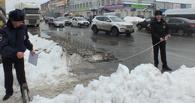 Полицейские проверили, как чистят дороги в Омске, и нашли массу недостатков
