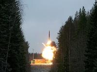 Россия провела успешное испытание баллистической ракеты «Тополь»