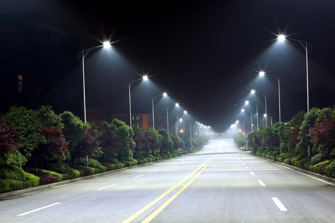 Да будет свет: в Омске появятся новые линии освещения