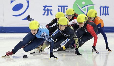 Юная спортсменка из Омска отправится на Кубок мира по шорт-треку