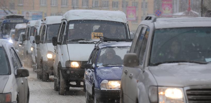Пробки в Омске: дорожные работы на Лукашевича и авария на Ленина
