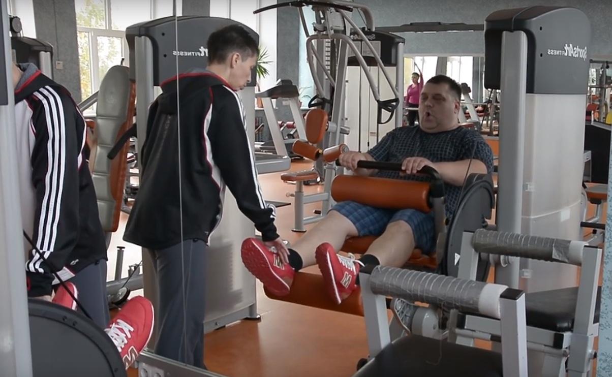 Омский губернатор заставил депутата сбросить лишний вес