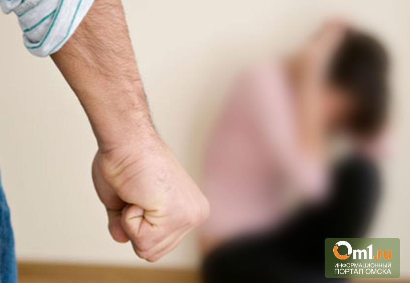 В Омской области отчим избил 9-летнюю падчерицу