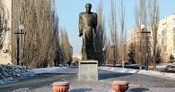 Омичей зовут читать стихи в память о Достоевском