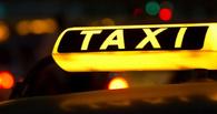 В Советском округе такси на встречке влетело в Toyota