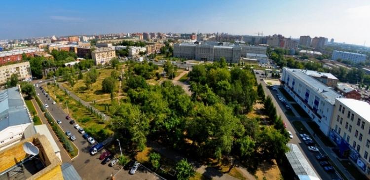 В Омске до конца года посадят еще 1 000 крупномерных саженцев