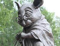 В Новосибирске открыли памятник лабораторной мыши