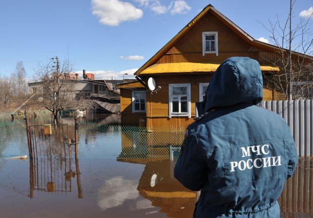 Виктор Назаров отправился на проверку восстановления дорог