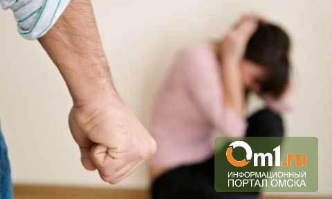 В Омске сожитель до смерти избил свою девушку