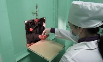 В Омске заключённым будут давать таблетки на обед и ужин
